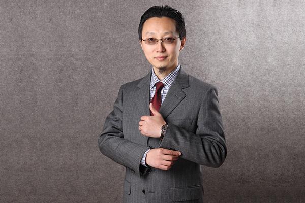 总经理彭波