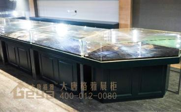 优良的珠宝展柜要创意品质兼得-南京大唐格雅展柜工厂