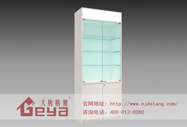 4,阁楼式玻璃展柜:全组合式结构,可采用木版,花纹板,钢板,等材料做