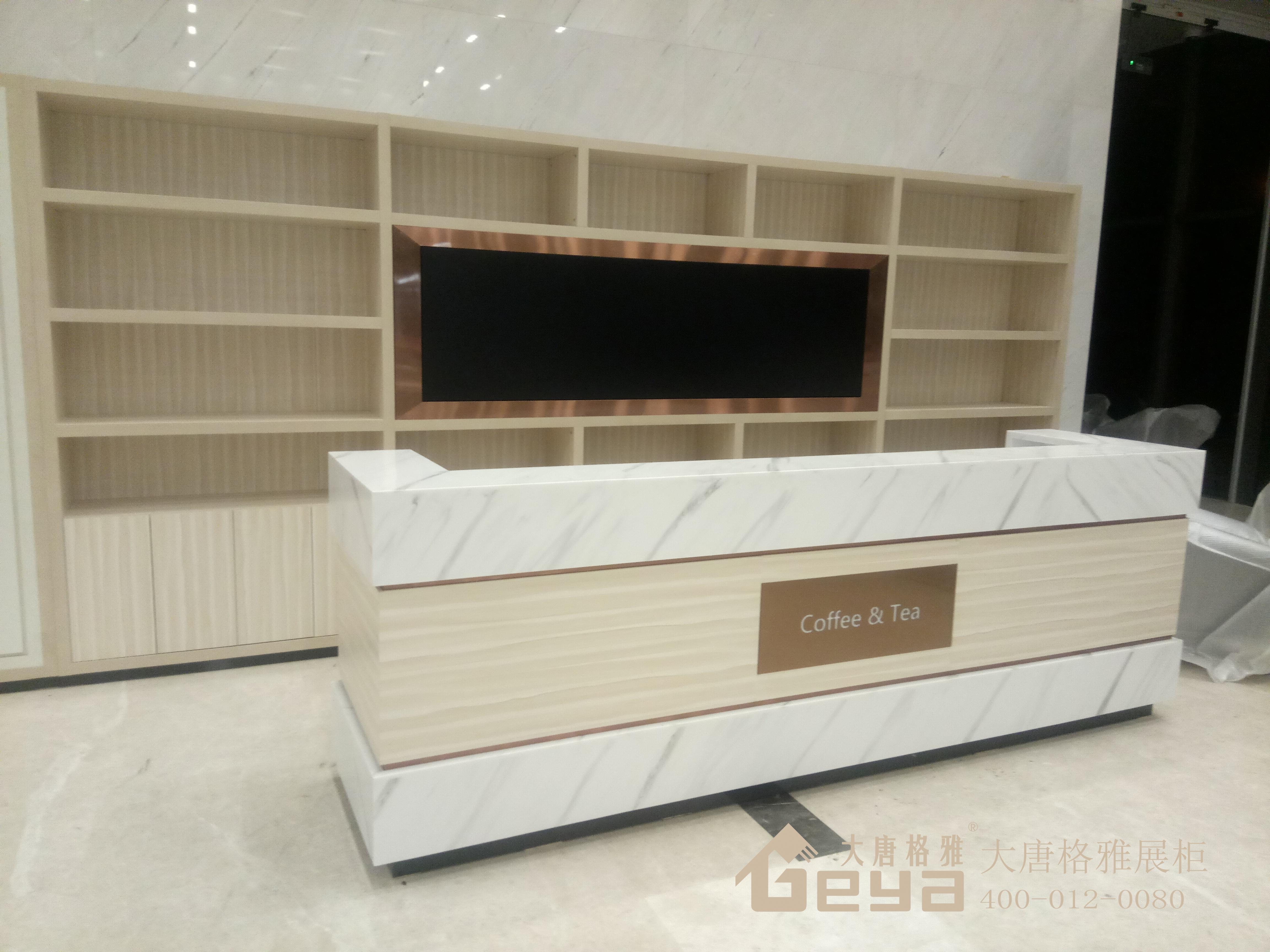 展柜有几种分类——南京大唐格雅展柜厂